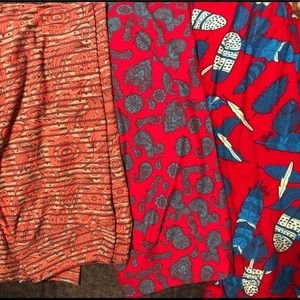 All 3 pairs of lularoe leggings.